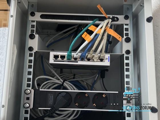 Netwerk schrank Obergeschoss