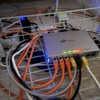 Zuleitung Netzwerk für OberGeschoss ( Oma ) US-8 Switch